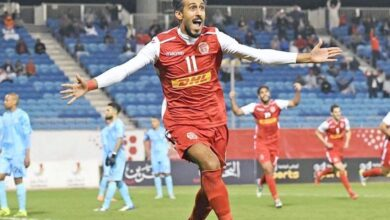 Photo of Ismail Abdul Latif, player of the Bahrain national team: facing Kuwait is difficult; But we can qualify
